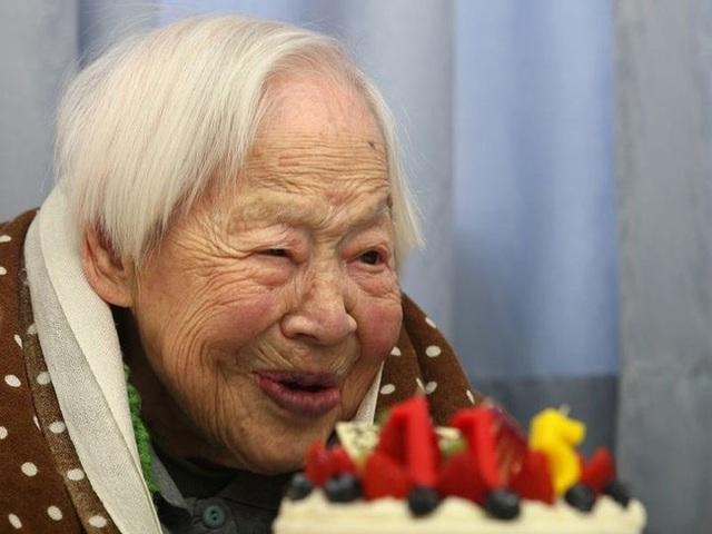 Bữa ăn của 7 người sống thọ trên 100 tuổi, hóa ra toàn những món ăn rất bình dân - Ảnh 1.