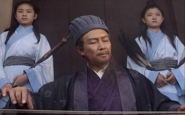 Từng nhất nhất nghe theo Gia Cát Lượng, lý do gì khiến Lưu Bị về sau bỏ ngoài tai lời khuyên của vị quân sư này? - Ảnh 1.