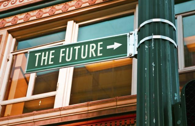 Nhà tương lai học nổi tiếng chỉ ra 6 nỗi sợ hãi lớn nhất ai cũng từng đối mặt, người vượt qua được sẽ có một năm 2021 thành công - Ảnh 2.