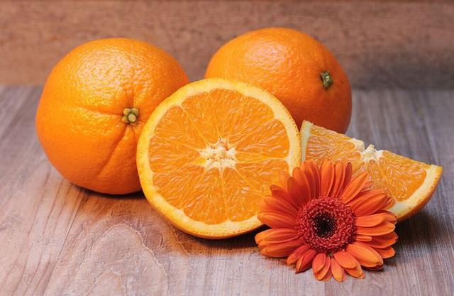 Những loại trái cây giúp dân văn phòng chống lại bức xạ từ máy tính, bảo vệ mắt và sức khỏe - Ảnh 1.