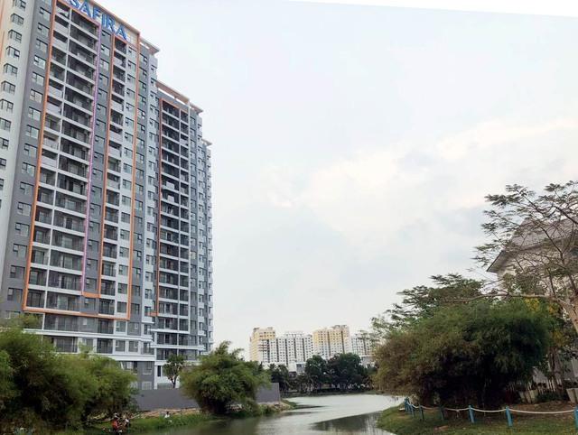 Lạc quan với dòng tiền đầu tư vào bất động sản trong năm 2021  - Ảnh 1.