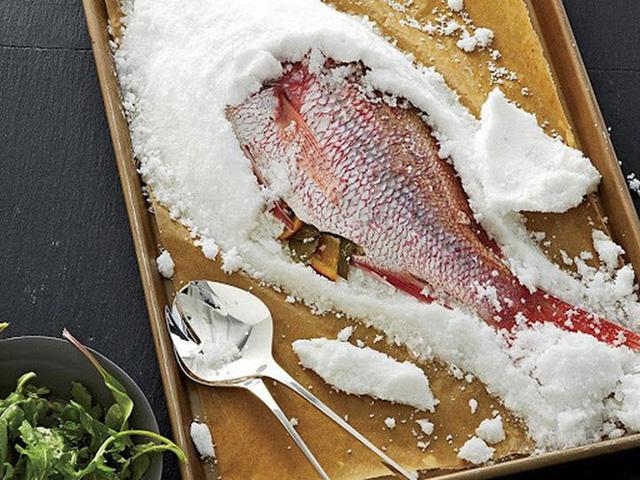 3 kiểu chế biến cá vừa ít dinh dưỡng lại có thể sinh độc hại sức khỏe, nên hạn chế ăn càng nhiều càng tốt - Ảnh 2.