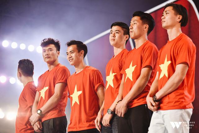 Hành trình 7 năm của WeChoice Awards: Dấu ấn diệu kỳ của tình yêu, tình người và những niềm tự hào mang tên Việt Nam - Ảnh 38.
