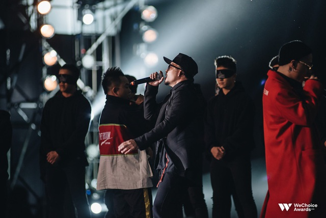 Hành trình 7 năm của WeChoice Awards: Dấu ấn diệu kỳ của tình yêu, tình người và những niềm tự hào mang tên Việt Nam - Ảnh 51.