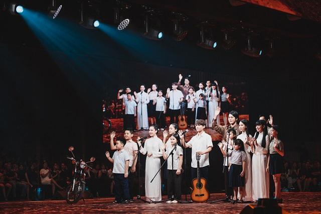 Hành trình 7 năm của WeChoice Awards: Dấu ấn diệu kỳ của tình yêu, tình người và những niềm tự hào mang tên Việt Nam - Ảnh 58.