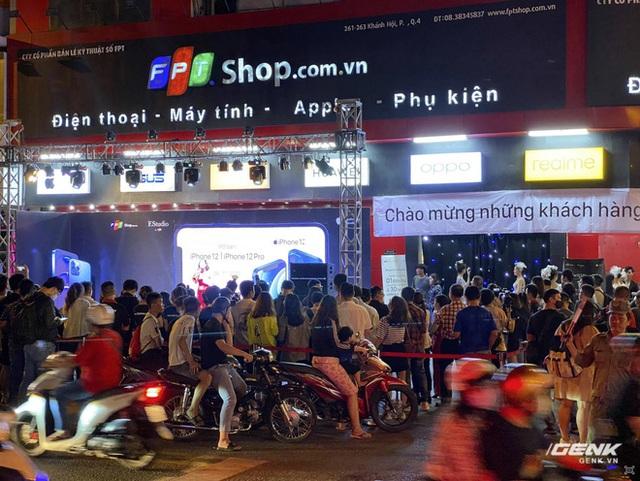 Nhìn lại thị trường smartphone Việt 2020: Samsung - vẫn là vua nhưng ngai vàng đã có phần lung lay - Ảnh 7.