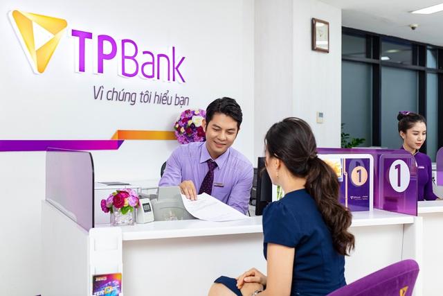 Doanh nhân Đỗ Minh Phú gây ấn tượng bằng câu chuyện chuyển đổi số của TPBank - Ảnh 2.