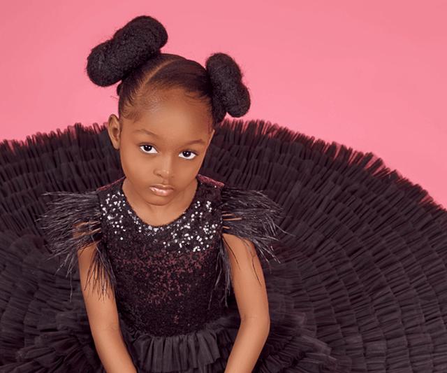 Bất ngờ đổi đời sau loạt ảnh 2 năm trước, Cô bé châu Phi đẹp nhất thế giới giờ vẫn đẹp nao lòng nhưng cách cha mẹ dạy dỗ mới đáng chú ý - Ảnh 3.