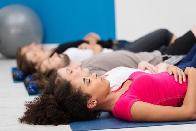Phổi là bộ lọc tự nhiên bảo vệ cơ thể khỏi nhiễm trùng: Muốn phổi khỏe mạnh, cần làm 5 việc, thở theo 4 cách và tập 3 bài tập - Ảnh 9.
