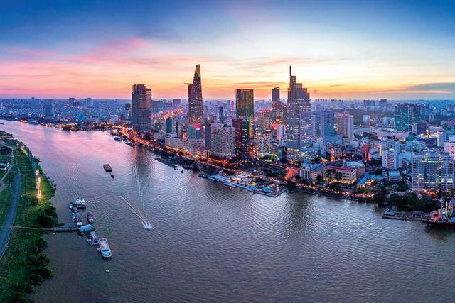 GS.TS Nguyễn Đức Khương: Việt Nam phải sợ nghèo đói, sợ lạc hậu và thua thiệt… như sợ Covid-19 thì phát triển kinh tế mới mạnh mẽ như chống dịch được ! - Ảnh 4.
