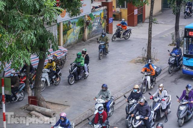 Ma trận ùn tắc giao thông ở Hà Nội ngày cuối năm - Ảnh 6.