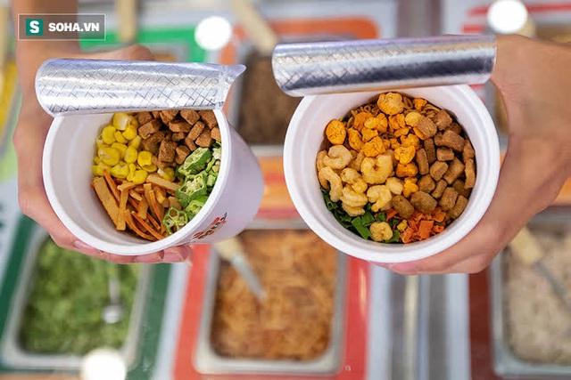 Đại gia mì Hảo Hảo làm nhà hàng: Buffet mì tôm giá 10.000 đồng - Ảnh 5.
