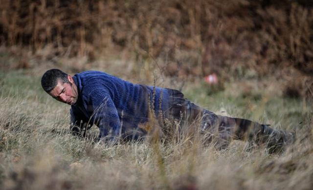 Người đàn ông bỏ phố lên rừng, sống tránh xa công nghệ, chỉ lâu lâu xuống núi thi chạy marathon - Ảnh 6.