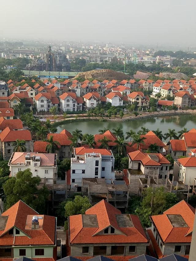 Giá nhà đất một số khu vực phía Tây Hà Nội dần tăng trở lại mức đỉnh cách đây 10 năm - Ảnh 1.