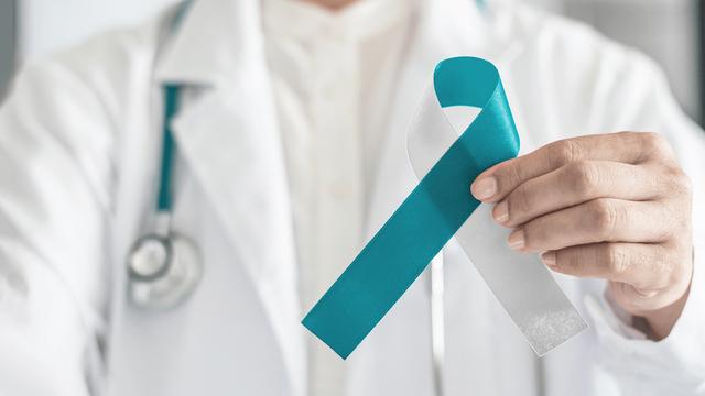 Phòng bệnh hơn chữa bệnh, đây là 7 lời khuyên của chuyên gia ung bướu giúpđẩy lùi nguy cơ ung thư: Thực hiện mỗi ngày để bảo vệ sức khỏe bản thân - Ảnh 3.