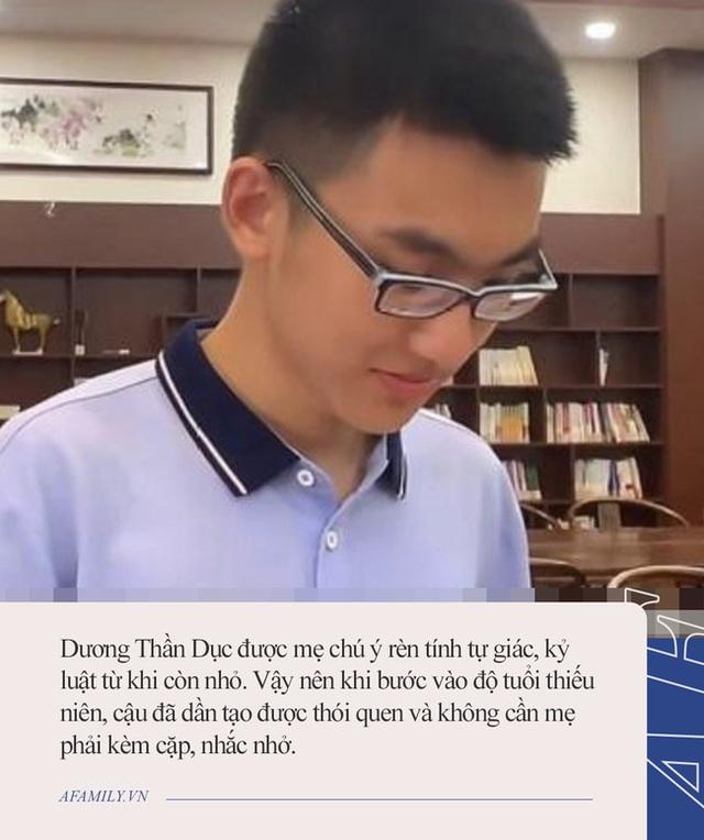 Con đỗ đại học top đầu châu Á, mẹ chối với mọi người: Tôi có dạy gì đâu nhưng từ những năm mẫu giáo đã âm thầm làm điều này - Ảnh 2.