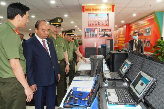 Chùm ảnh: Thủ tướng dự và phát biểu chỉ đạo Hội nghị Công an toàn quốc - Ảnh 4.