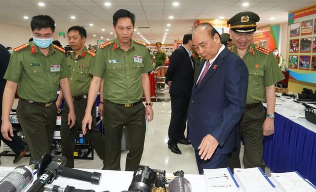 Chùm ảnh: Thủ tướng dự và phát biểu chỉ đạo Hội nghị Công an toàn quốc - Ảnh 5.