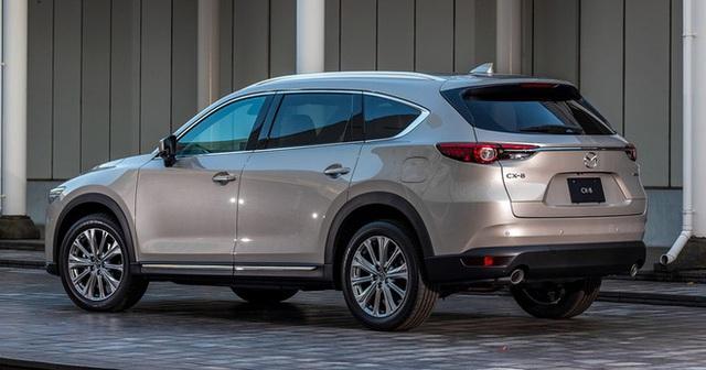 Ra mắt Mazda CX-8 2021: Giá quy đổi từ 1,05 tỷ đồng, phả hơi nóng lên Hyundai Santa Fe - Ảnh 2.