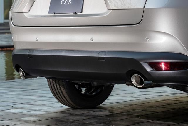 Ra mắt Mazda CX-8 2021: Giá quy đổi từ 1,05 tỷ đồng, phả hơi nóng lên Hyundai Santa Fe - Ảnh 6.