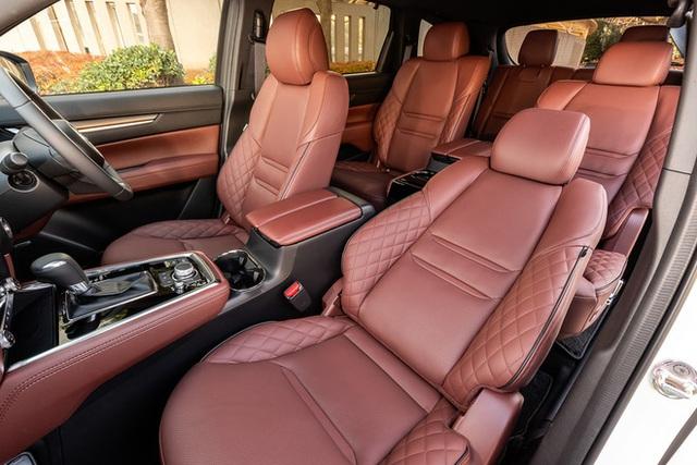 Ra mắt Mazda CX-8 2021: Giá quy đổi từ 1,05 tỷ đồng, phả hơi nóng lên Hyundai Santa Fe - Ảnh 10.