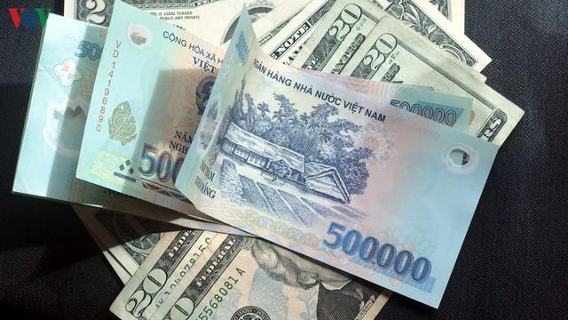 Giá USD giữ ổn định trong khi giá vàng tăng liên tiếp - Ảnh 1.