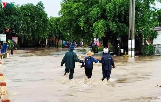 Mưa lớn gây ngập lụt, thiệt hại nặng nề tại Đăk Lăk - Ảnh 1.