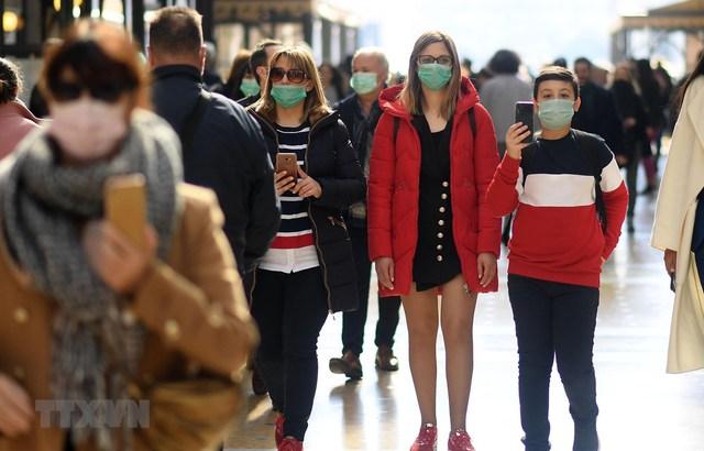 Tổng giám đốc WHO tiết lộ lý do số ca nhiễm COVID-19 tăng kinh hoàng trong những tháng vừa qua: Những người trẻ quá chủ quan! - Ảnh 2.