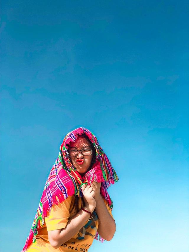 Cô nàng độc thân 26 tuổi lần đầu đi xuyên Việt bằng xe máy với 7 triệu và 17 ngày: Cả tuổi trẻ dành để đi bụi, sống không dũng cảm uổng phí thanh xuân! - Ảnh 10.