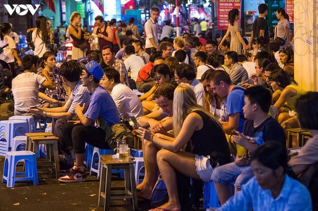 Kinh tế ban đêm - Trợ lực mới giúp Việt Nam phục hồi sau Covid-19 - Ảnh 1.