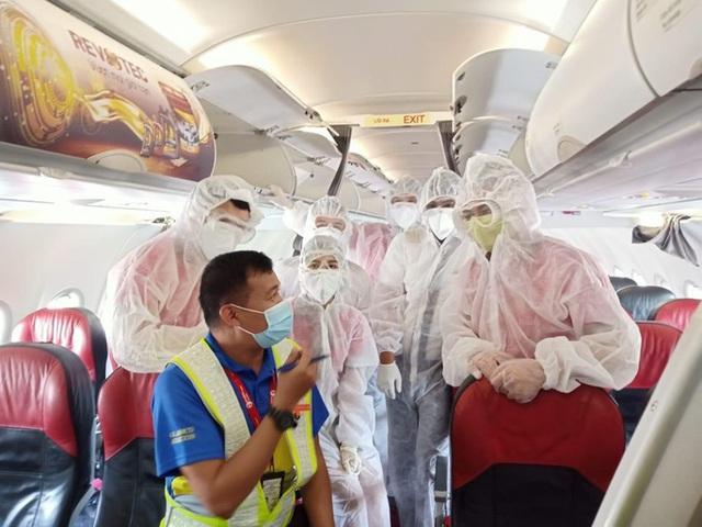 Thêm 4 chuyến bay đưa hành khách mắc kẹt tại Đà Nẵng về Hà Nội, TP HCM  - Ảnh 1.