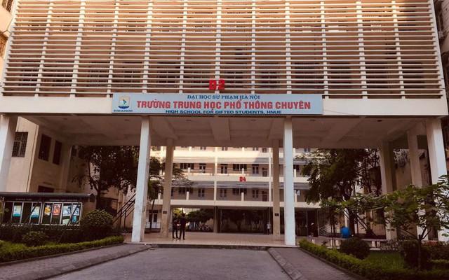 Review 15 trường cấp 3 xuất sắc ở Hà Nội: Nếu vẫn đang đau đầu vì con đỗ nhiều trường, bố mẹ hãy đọc ngay để tìm được trường ưng ý cho con - Ảnh 2.
