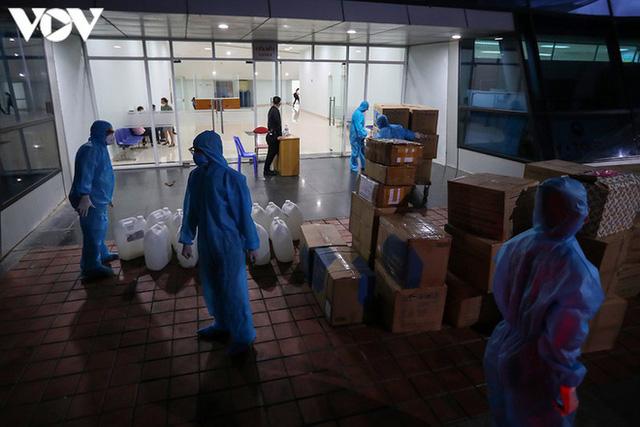 Ảnh: Toàn cảnh Bệnh viện dã chiến Tiên Sơn trước giờ kích hoạt - Ảnh 13.