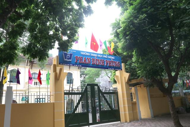 Review 15 trường cấp 3 xuất sắc ở Hà Nội: Nếu vẫn đang đau đầu vì con đỗ nhiều trường, bố mẹ hãy đọc ngay để tìm được trường ưng ý cho con - Ảnh 15.