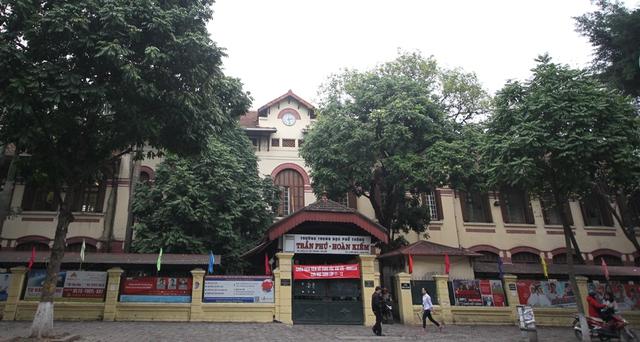 Review 15 trường cấp 3 xuất sắc ở Hà Nội: Nếu vẫn đang đau đầu vì con đỗ nhiều trường, bố mẹ hãy đọc ngay để tìm được trường ưng ý cho con - Ảnh 9.