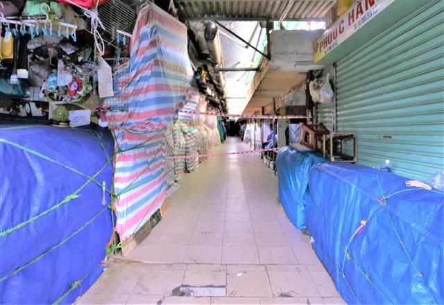 Ảnh: Ngày đầu người dân Đà Nẵng thực hiện đi chợ bằng phiếu ngày chẵn lẻ - Ảnh 20.