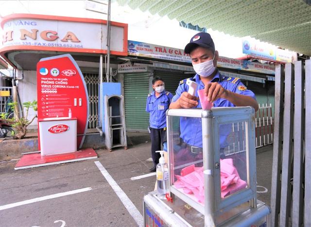Ảnh: Ngày đầu người dân Đà Nẵng thực hiện đi chợ bằng phiếu ngày chẵn lẻ - Ảnh 23.