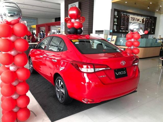 Chưa hết bom tấn, Toyota Việt Nam sắp tổng lực ra mắt Hilux, Fortuner, Innova và cả Vios mới, quyết sắp xếp lại thị trường - Ảnh 8.