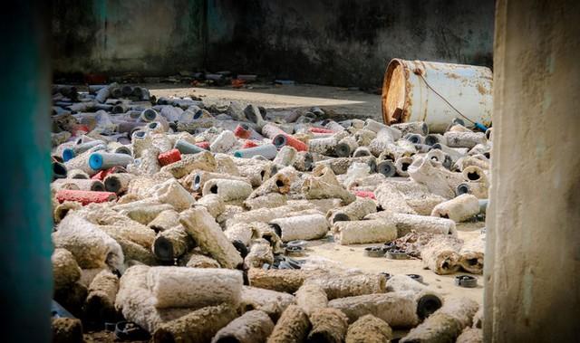 Cảnh hoang tàn tại trung tâm giống chăn nuôi đầu tư gần 20 tỷ đồng - Ảnh 14.