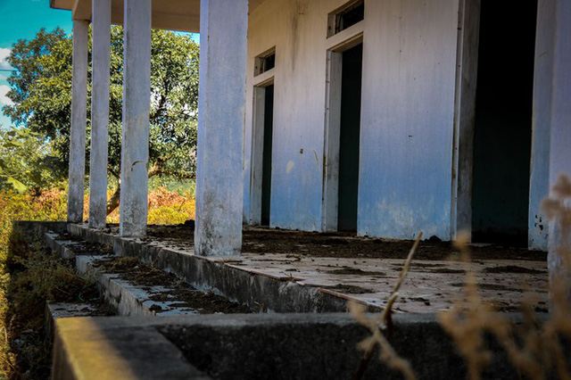 Cảnh hoang tàn tại trung tâm giống chăn nuôi đầu tư gần 20 tỷ đồng - Ảnh 6.