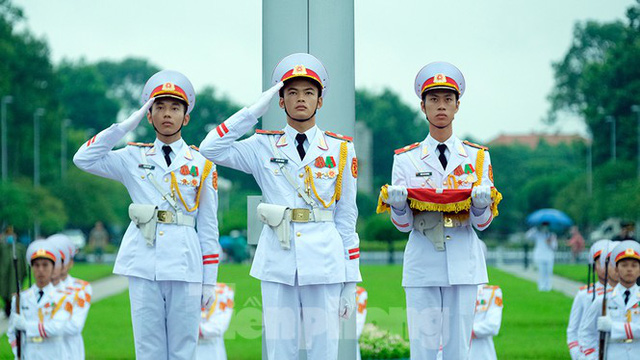 Lễ thượng cờ rủ Quốc tang nguyên Tổng Bí thư Lê Khả Phiêu - Ảnh 14.