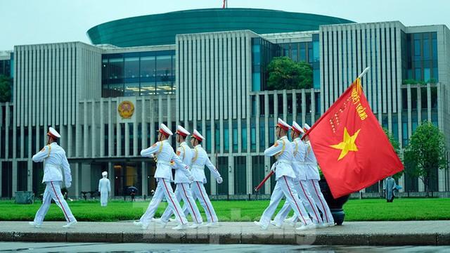 Lễ thượng cờ rủ Quốc tang nguyên Tổng Bí thư Lê Khả Phiêu - Ảnh 17.
