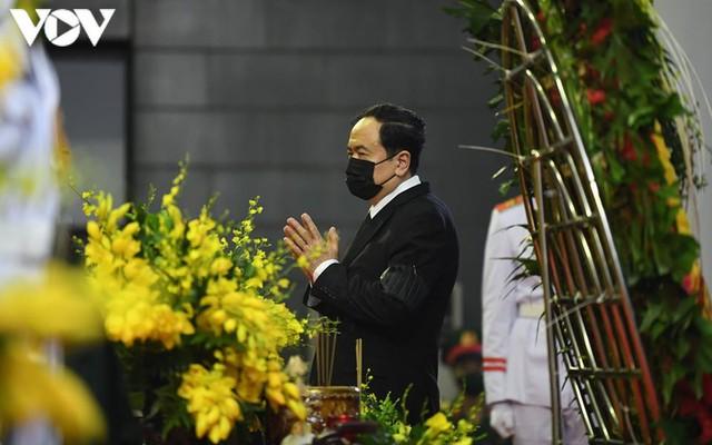 Ảnh: Lãnh đạo Đảng, Nhà nước viếng nguyên Tổng Bí thư Lê Khả Phiêu - Ảnh 17.