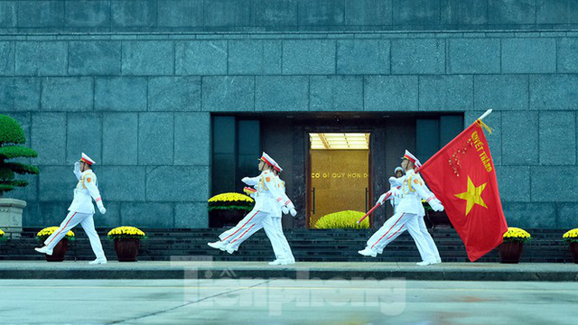 Lễ thượng cờ rủ Quốc tang nguyên Tổng Bí thư Lê Khả Phiêu - Ảnh 19.
