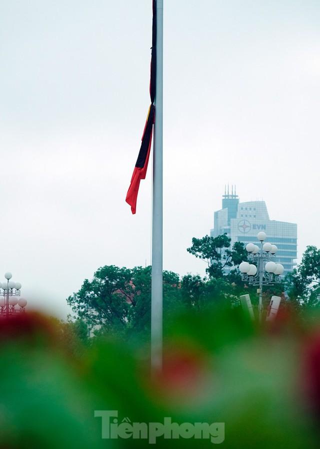 Lễ thượng cờ rủ Quốc tang nguyên Tổng Bí thư Lê Khả Phiêu - Ảnh 20.