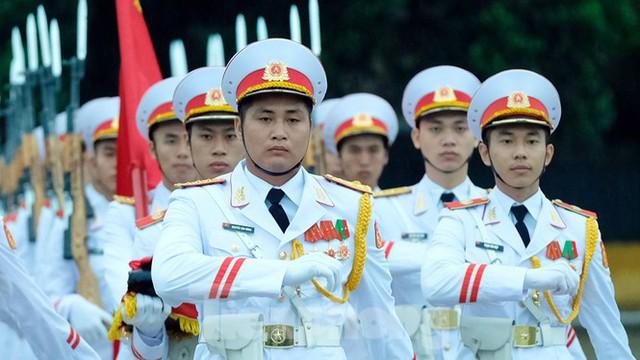 Lễ thượng cờ rủ Quốc tang nguyên Tổng Bí thư Lê Khả Phiêu - Ảnh 5.