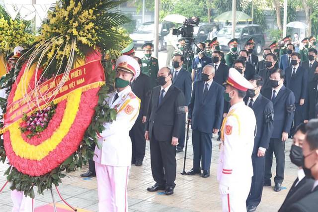 Ảnh: Lãnh đạo Đảng, Nhà nước viếng nguyên Tổng Bí thư Lê Khả Phiêu - Ảnh 6.