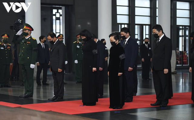 Ảnh: Lãnh đạo Đảng, Nhà nước viếng nguyên Tổng Bí thư Lê Khả Phiêu - Ảnh 8.