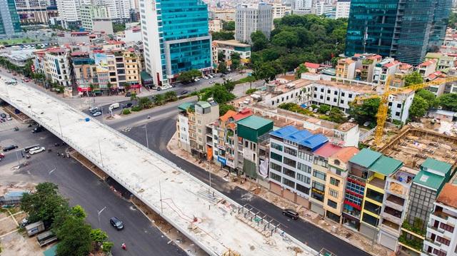 Cận cảnh cây cầu vượt lớn nhất Hà Nội sắp thông xe - Ảnh 11.