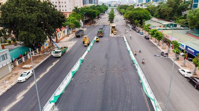 Cận cảnh cây cầu vượt lớn nhất Hà Nội sắp thông xe - Ảnh 3.